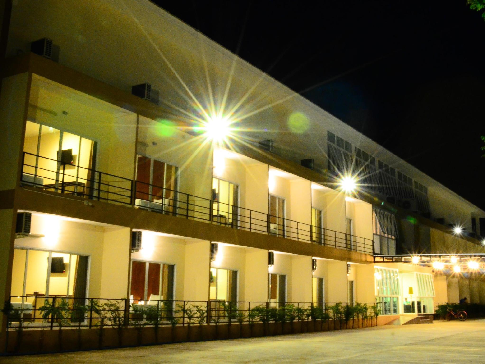 The Pavilion Hotel and Village, Muang Nakhon Sawan