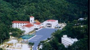 Sokrisan Youth Hostel