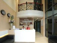 Khách sạn Hùng Cường