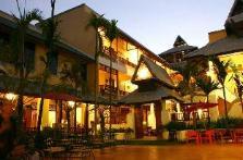 Tadkham Village Hotel