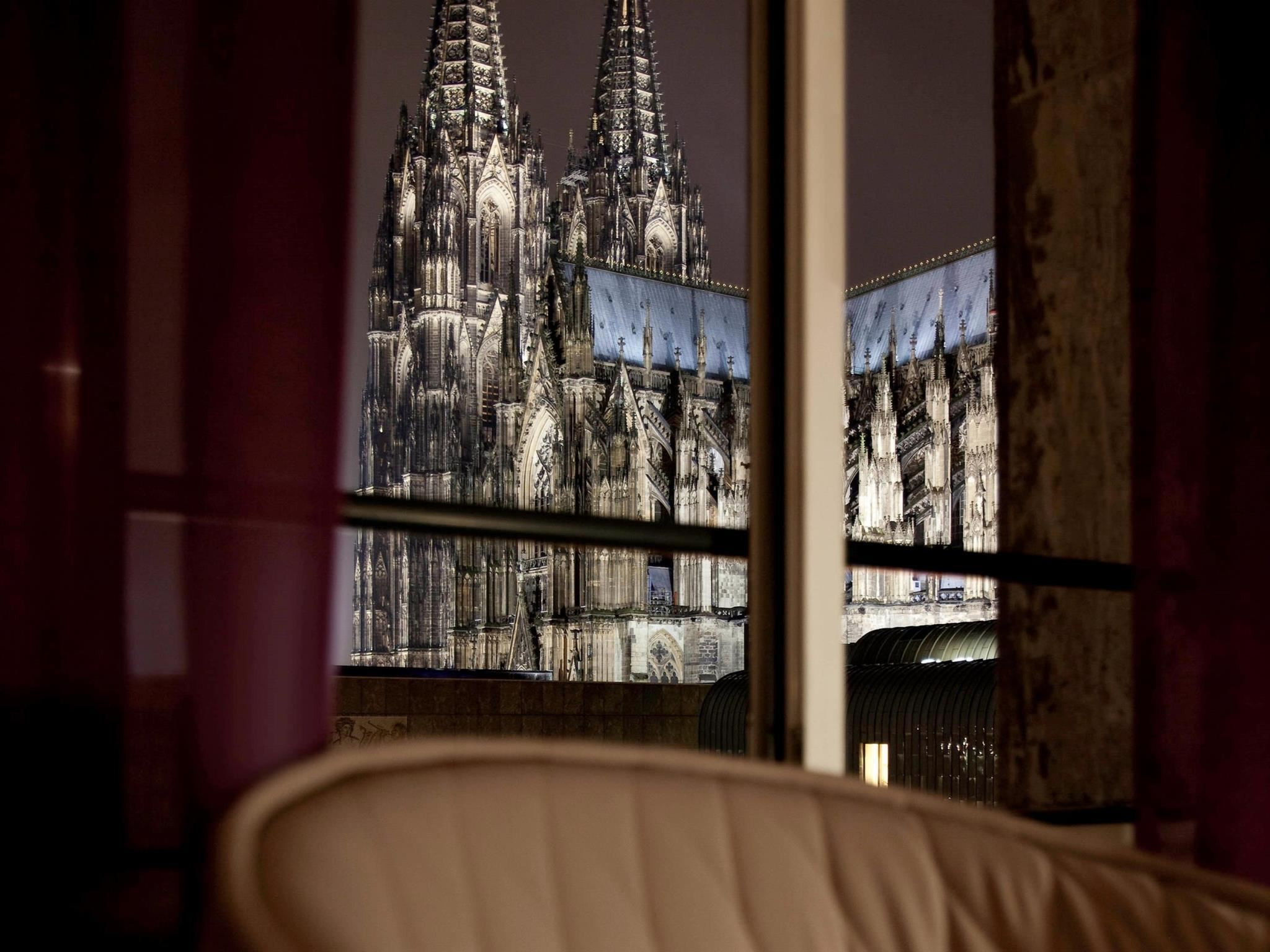 Best Price on Hotel Mondial am Dom Cologne  MGallery