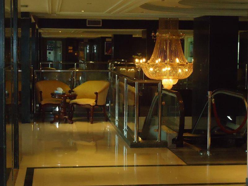 Maislon Hotel,
