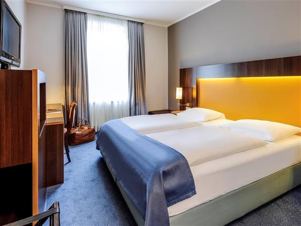 Mercure Hotel Muenchen am Olympiapark, München