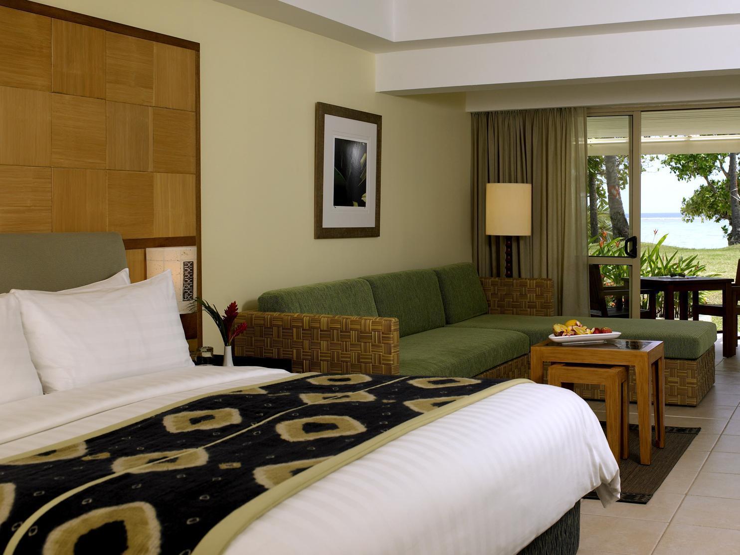 Deluxe Ocean Family Room Shangri La