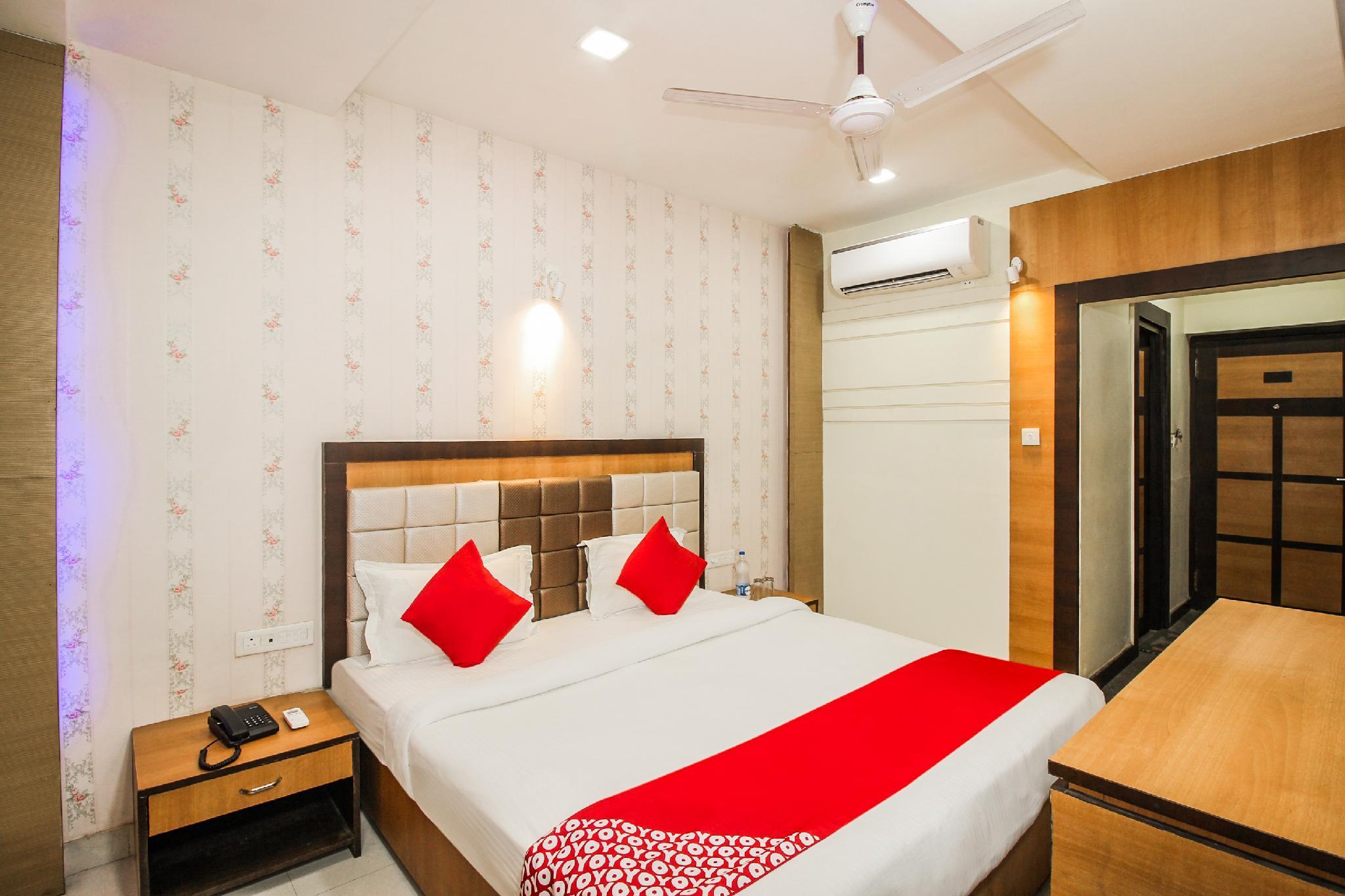 OYO 41343 Grand Utsav Motel, Jaunpur