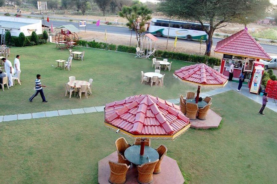 OYO 40187 vishwakarma hotel and restaurant, Sikar