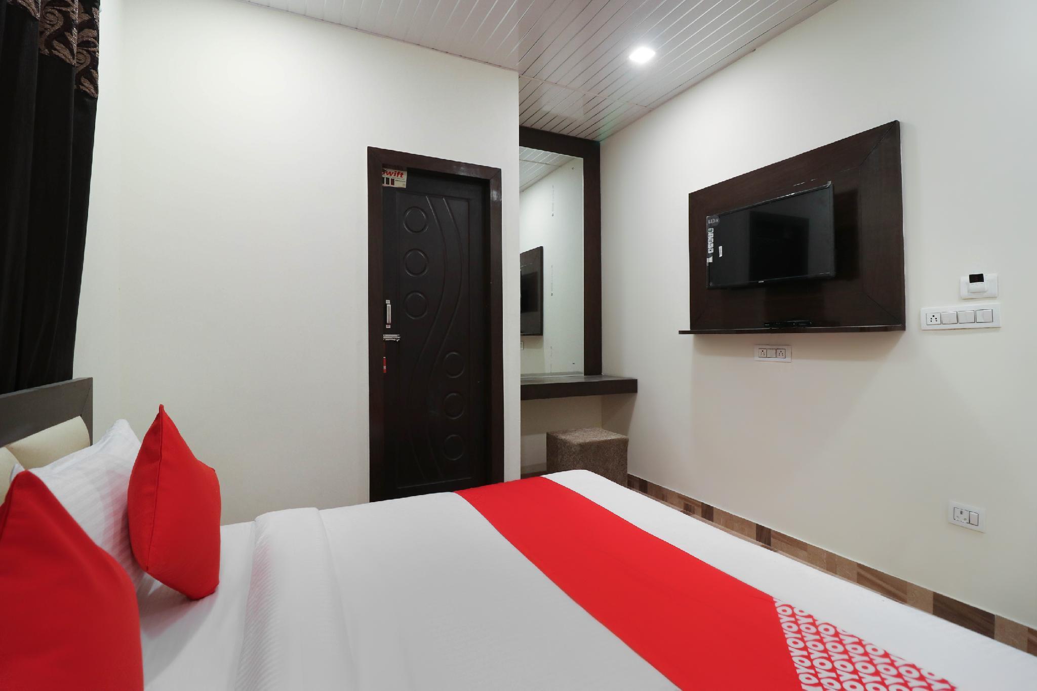 OYO Flagship 39655 Hotel Sudarshan Rishikul New Colony, Hardwar