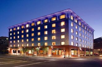 Hilton Garden Inn Portland Downtown Waterfront Hotel