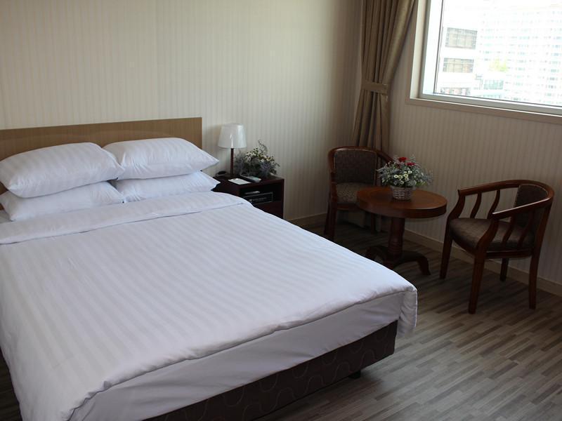Hotel Dongin, Gimpo