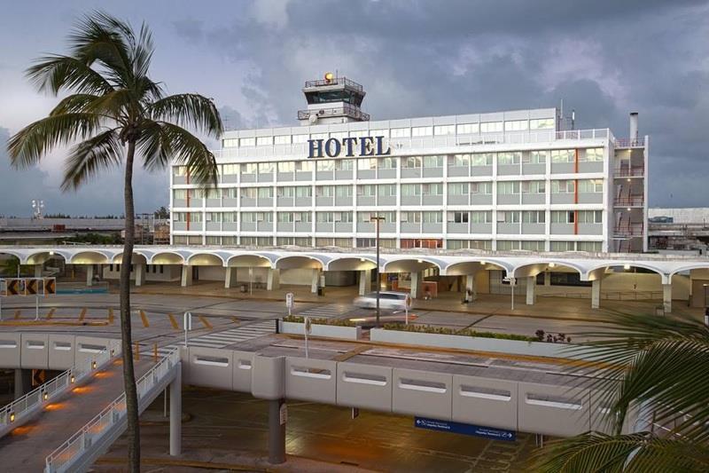 San Juan Airport Hotel,