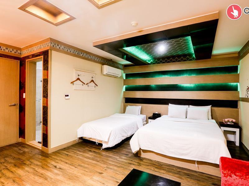 Hotel Wow, Gyeyang