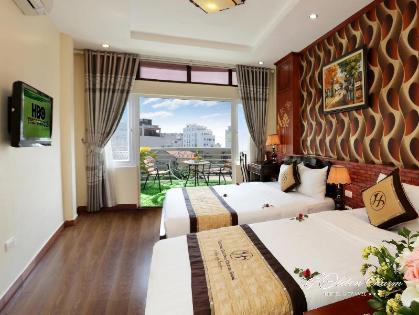 Khách Sạn Golden Charm Hà Nội