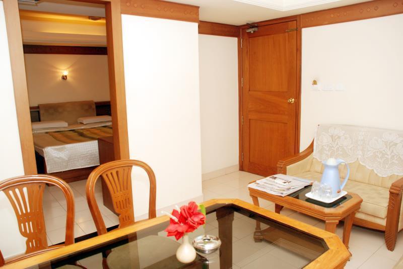 Hotel Gazala, Palakkad