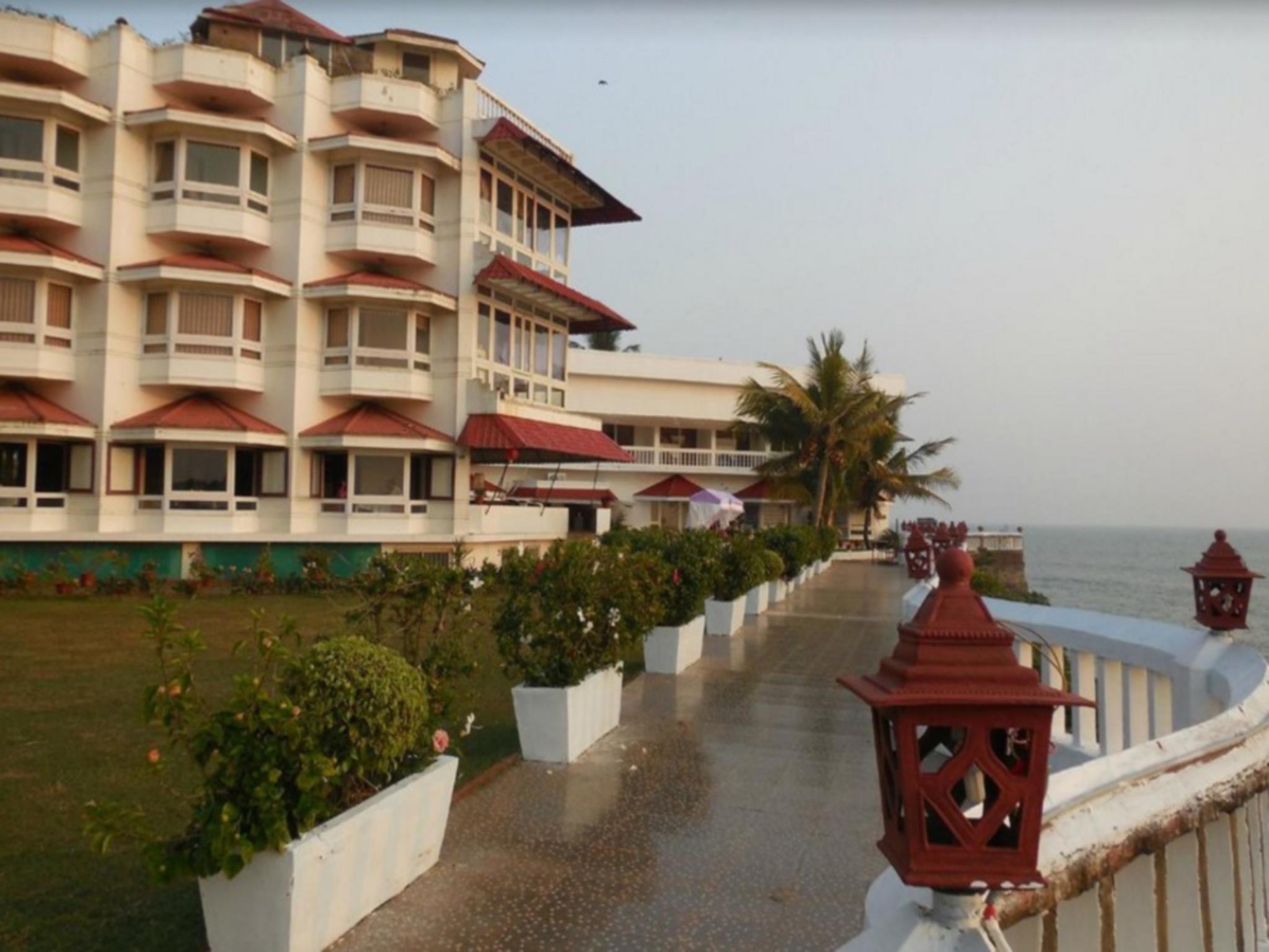 Mascot Beach Resort, Kannur