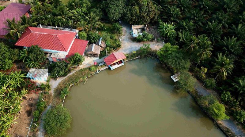 Wang Pla Guesthouse & Fishing Park