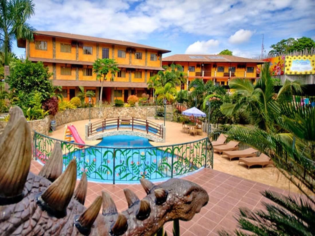 Best price on flushing meadows resort in bohol reviews for Flushing meadows swimming pool
