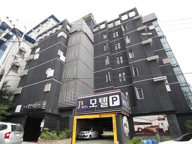 Goodstay Js Motel, Andong