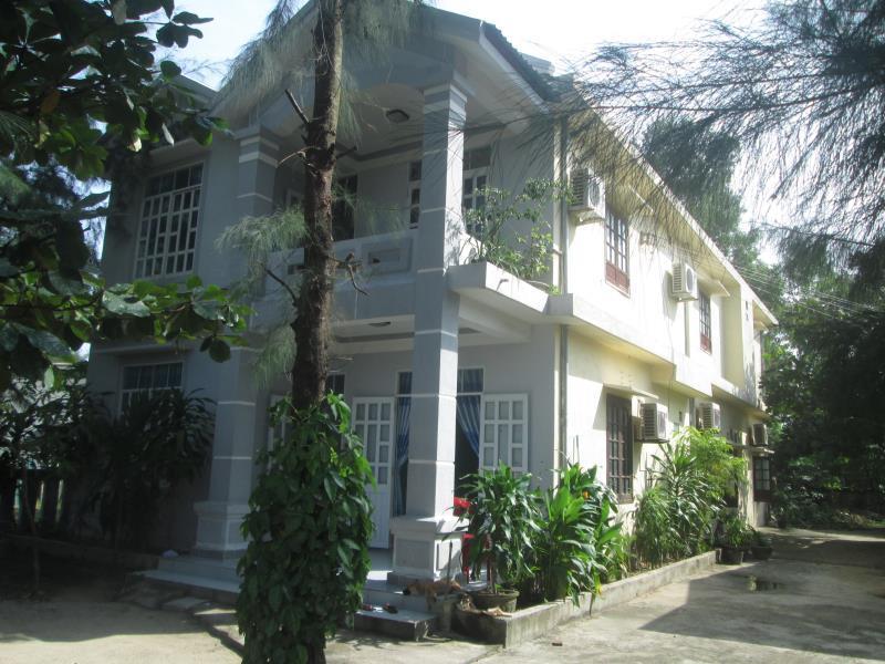 Nhà nghỉ Nguyệt Ánh