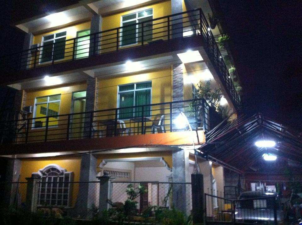 Aranas-Carillo Travellers Inn, Kalibo