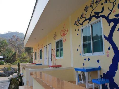 โบ้ทเฮาส์ รีสอร์ต (Boat House Resort)