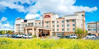 Hampton Inn and Suites Fresno