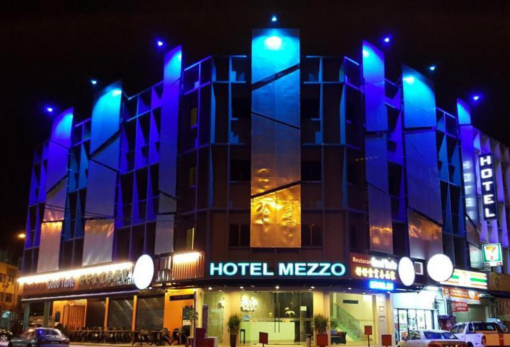 Best price on hotel mezzo in kuala lumpur reviews for Design hotel cheras