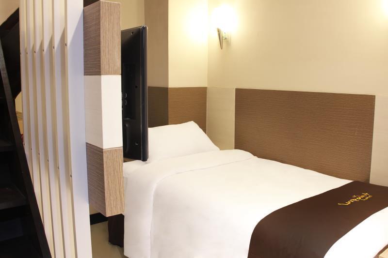 Luxpoint Hotel Surabaya