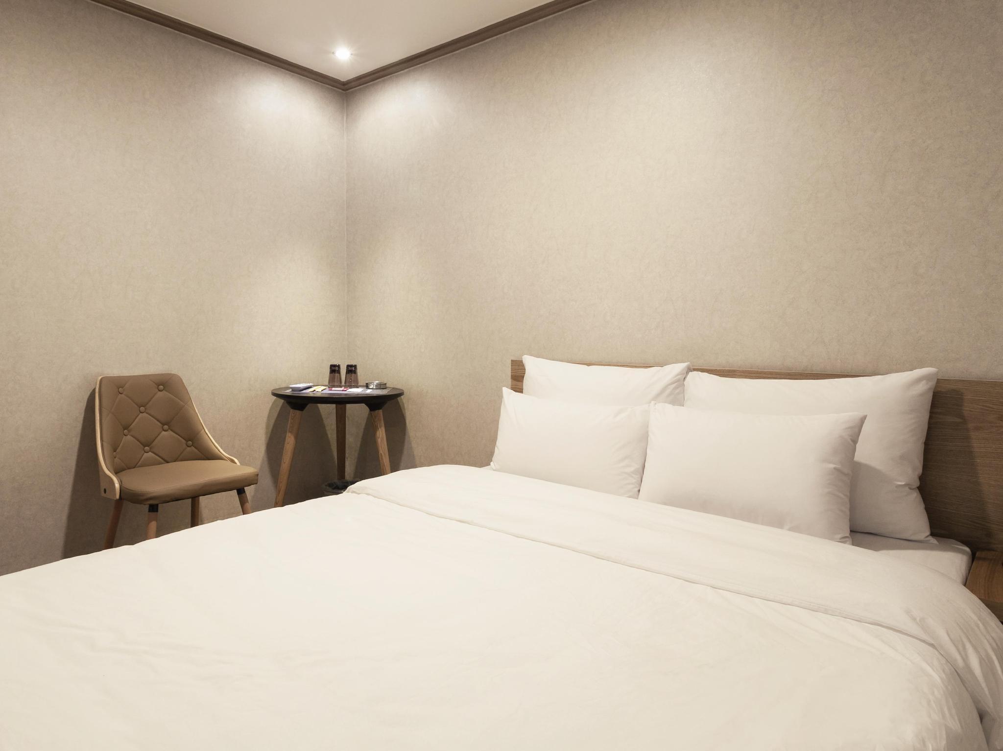 Hub Hotel, Gwang-jin