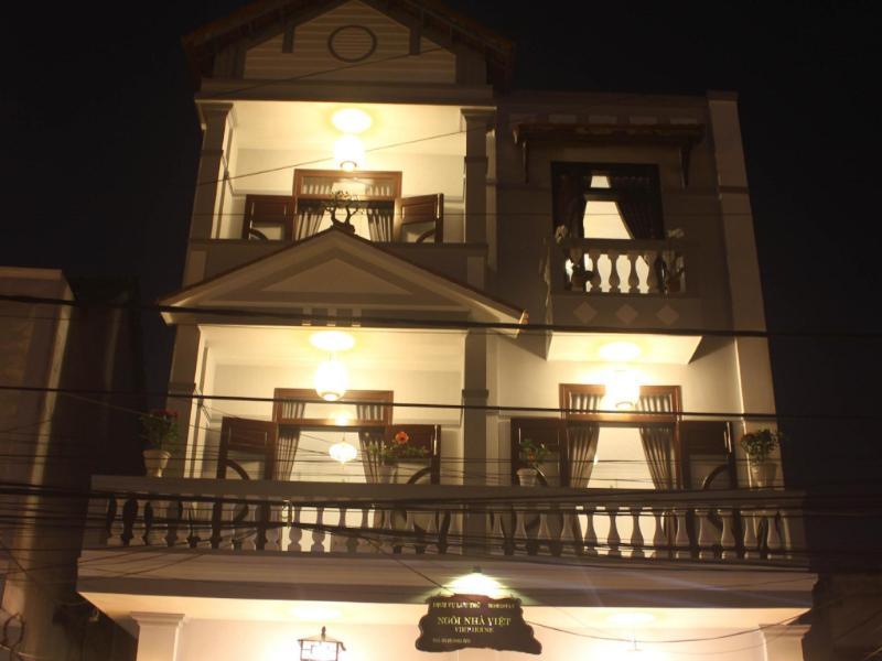 Ngôi Nhà Việt Homestay