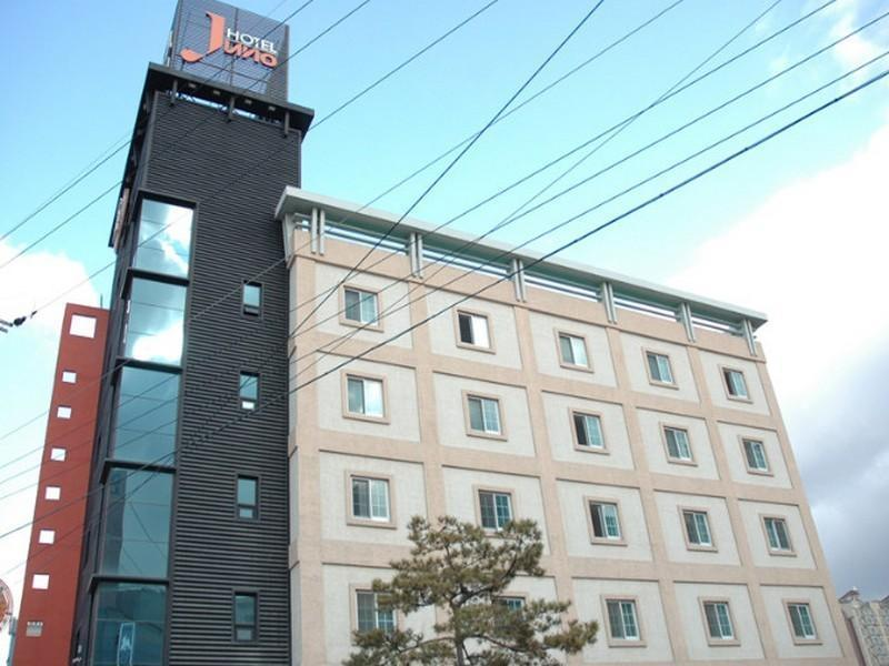 Juno Business Hotel, Gumi