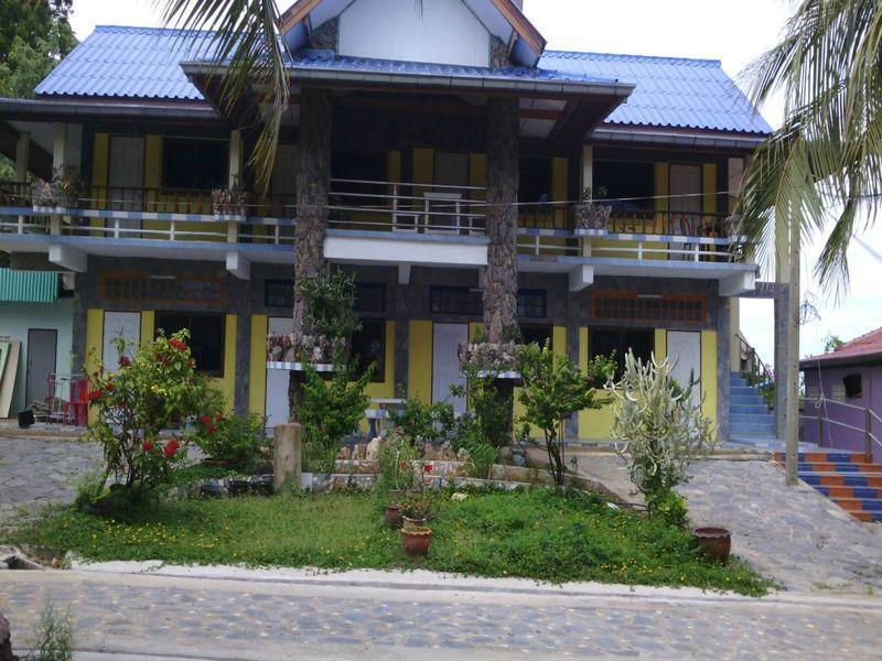 Koh Sichang Rimtalay Resort, Koh Si Chang