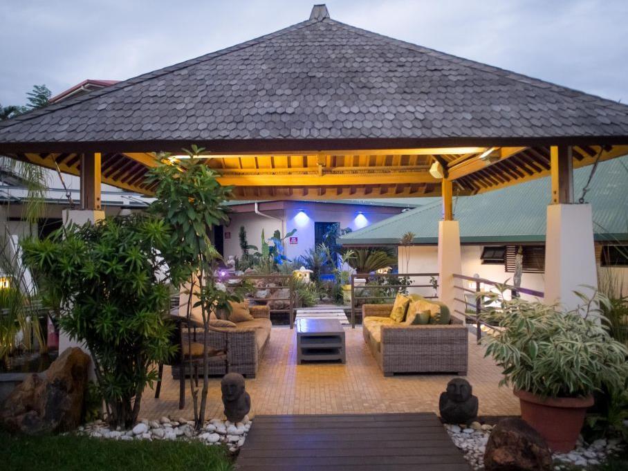 Hotel Hibiscus, Koné