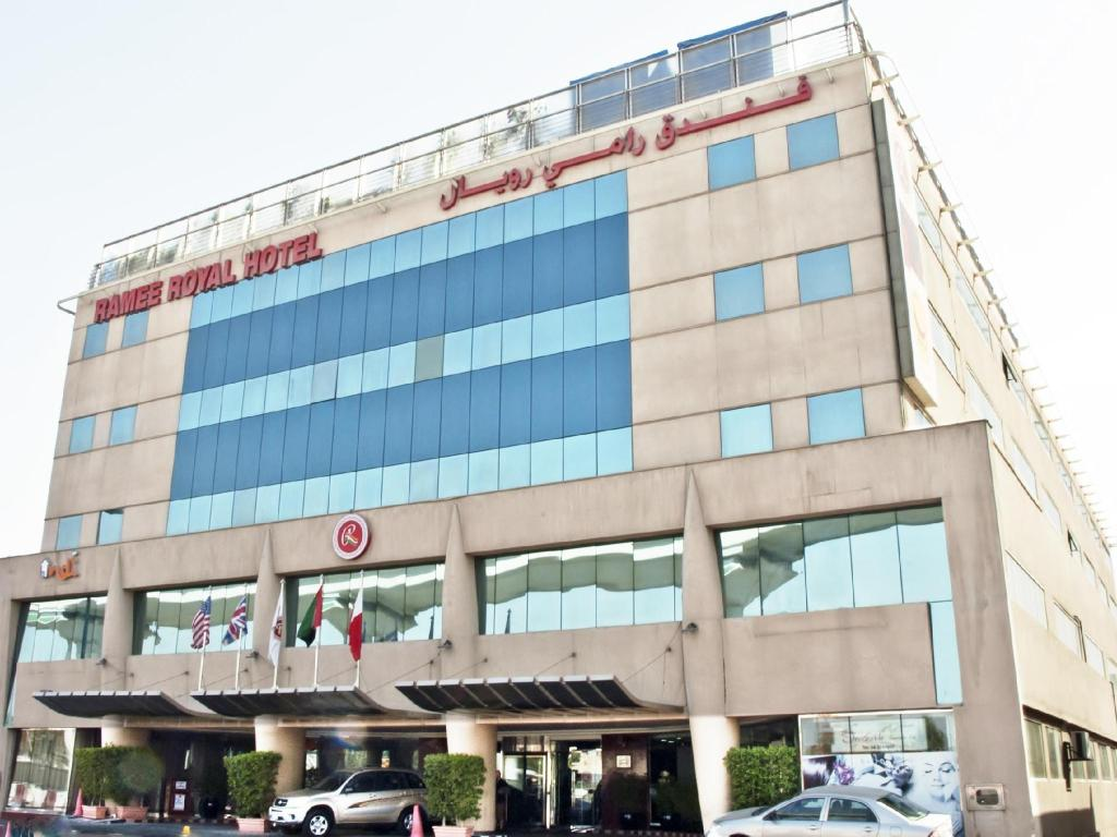 Best price on ramee royal hotel in dubai reviews for Dubai hotel reviews