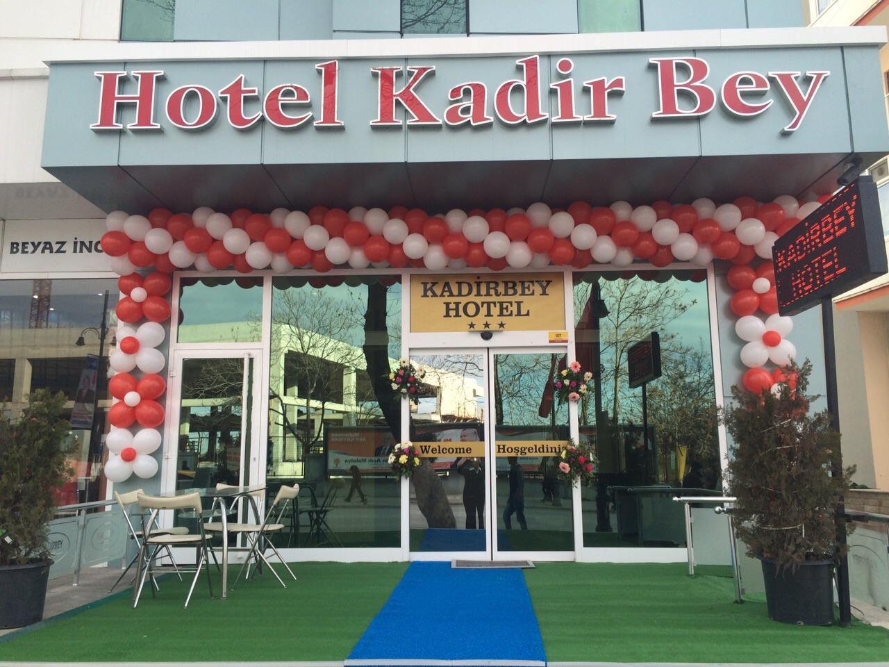 Kadirbey Hotel, Merkez