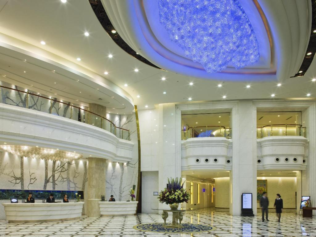 Best Price On Pullman Shanghai Skyway In Shanghai Reviews