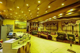 Golden City Light Hotel