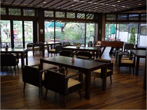栄屋 ホテル