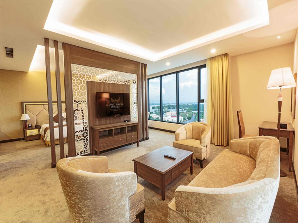 Executive Suite - Phòng khách