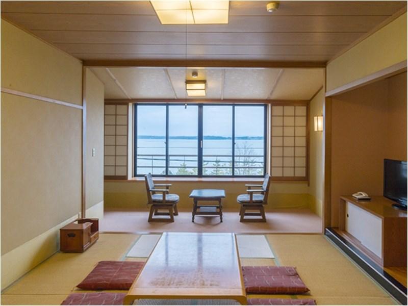 Wakura Onsen Hamazuru, Nanao