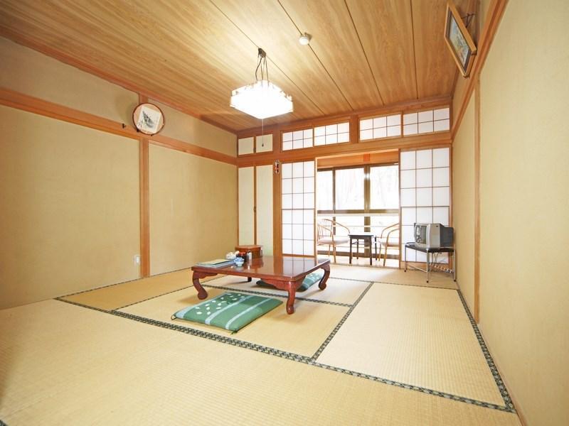 Takazuya Kosen, Ina