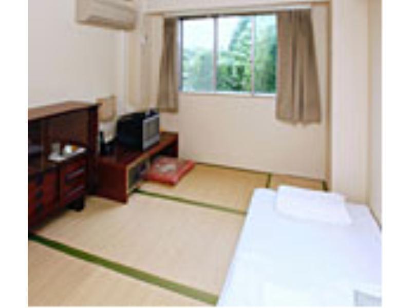 Business Hotel Wakasa, Kawagoe