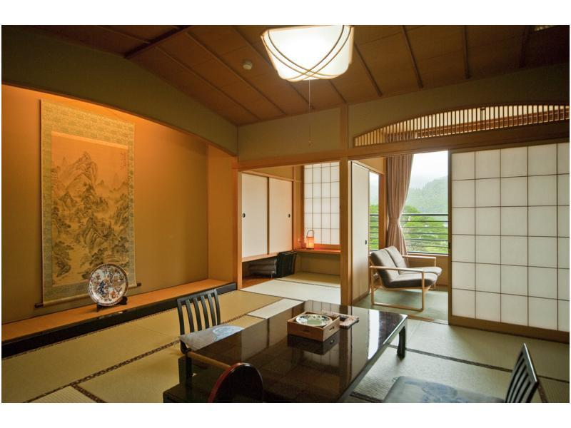 Hitohada-no-yado Kawakin, Tonami