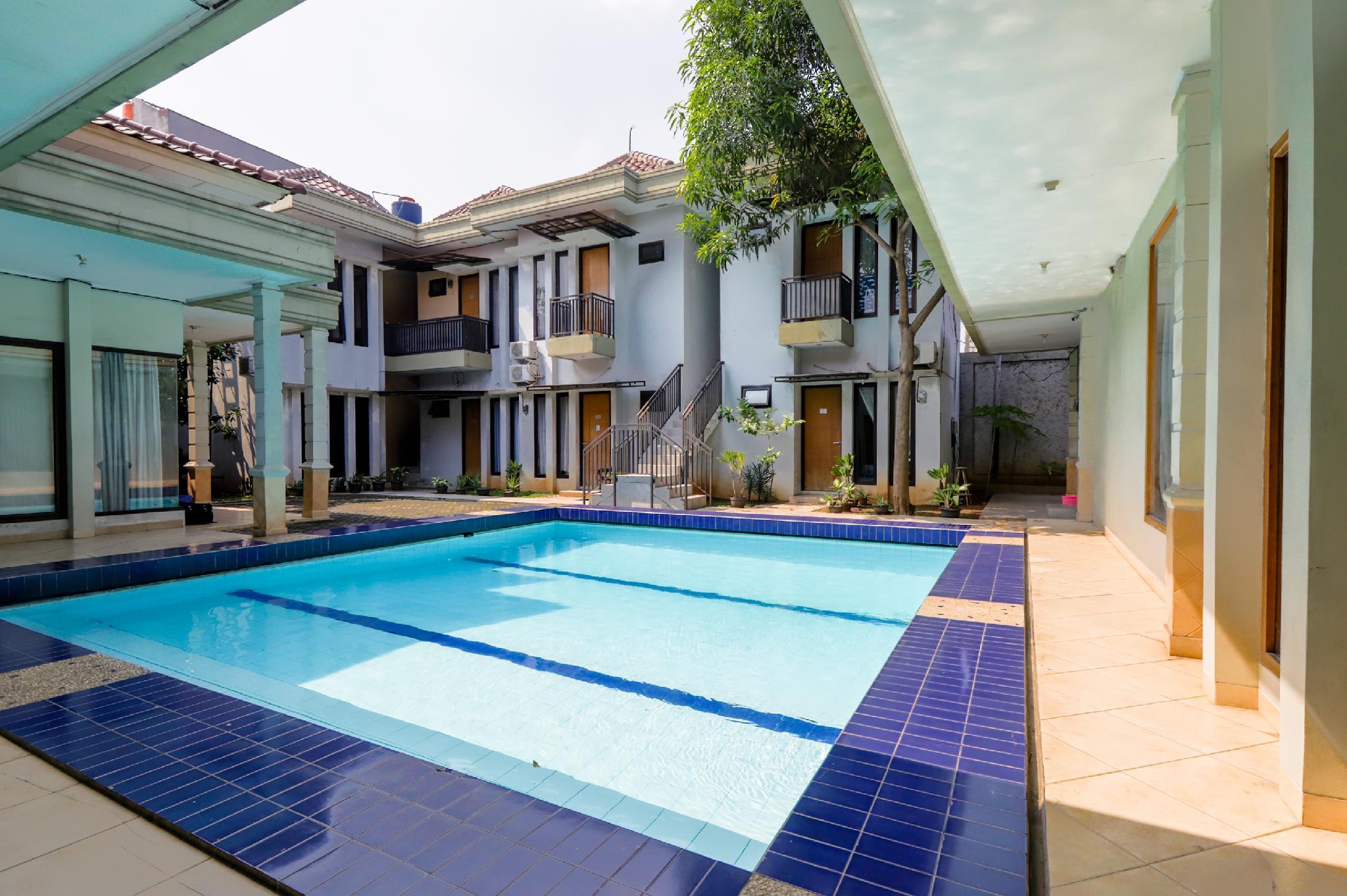 OYO 968 Tirthankara Residence