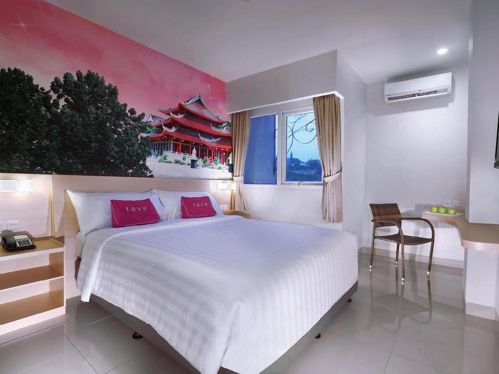 Fave Hotel Diponegoro