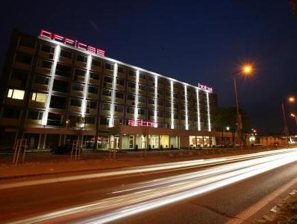 Aston Hotel, Bratislava II