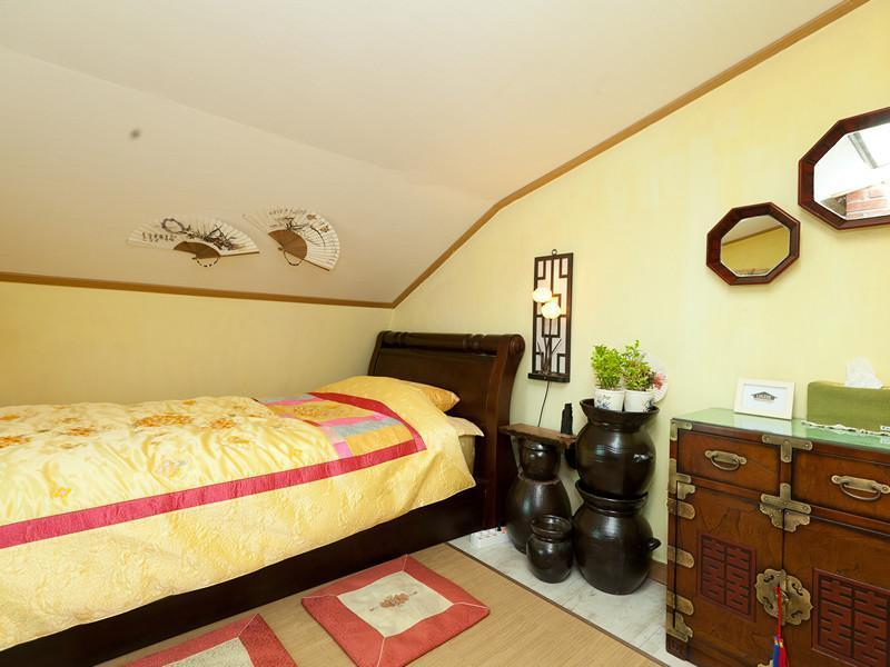 Lucere Binny's Guesthouse Type B, Seo