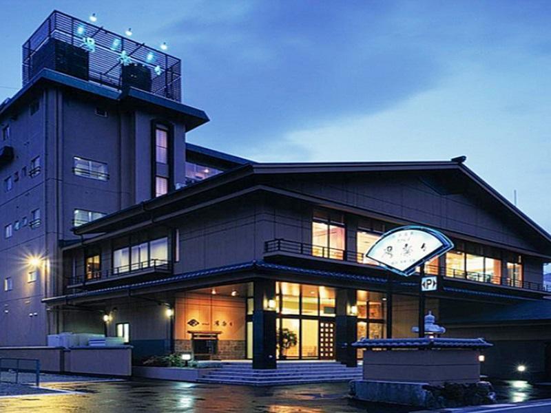 Hotel Yulala, Toba