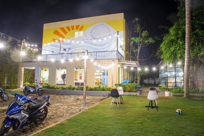 Khách Sạn Emis