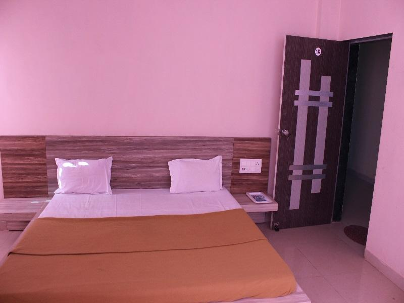 Dreamland Hotel, Gir Somnath
