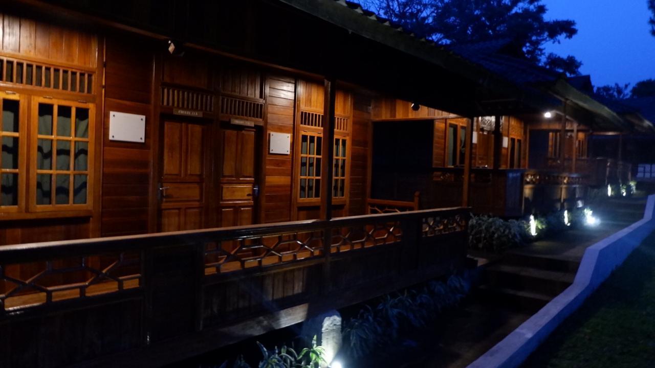 Tjapoeng Resort Bogor, Bogor